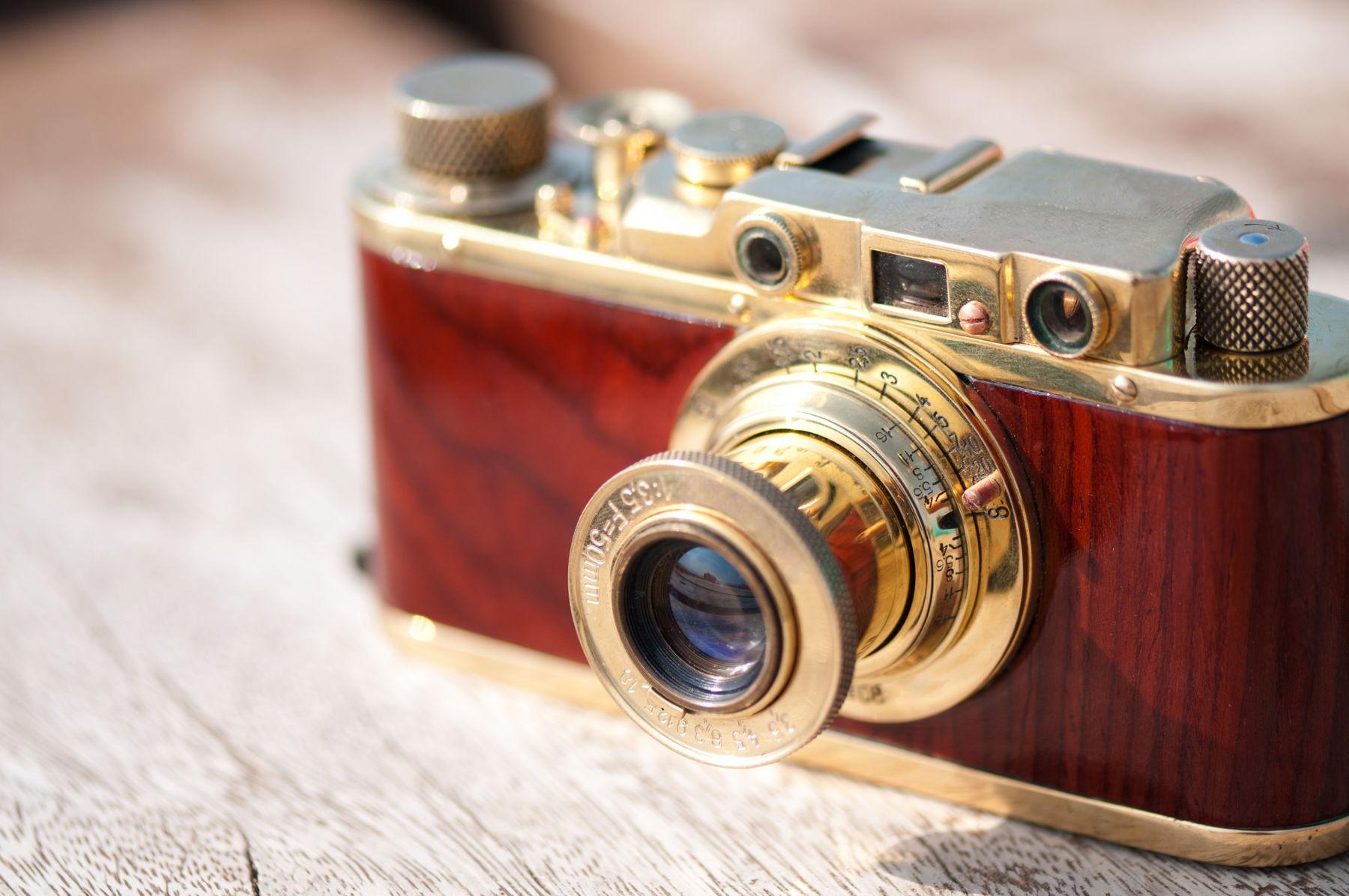 Comparison Lens